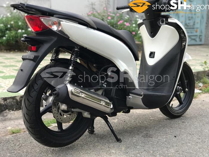 shopshsaigon.com v3 dang cap 3 - Độ SHVN thành SH Ý với dàn áo V3 sang trọng đẳng cấp