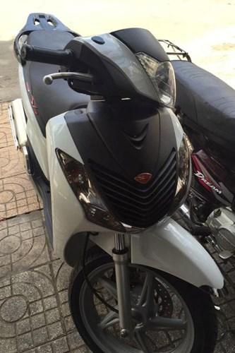 """shopshsaigon.com 101201899 - Một Xe Máy Honda SH Đời Cũ Đổi Được Hai """"Xế Hộp""""?"""