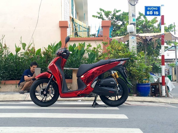 SH Việt Hóa Thiên Nga Với Dàn Áo Chrome Thể Thao, Cá Tính 2