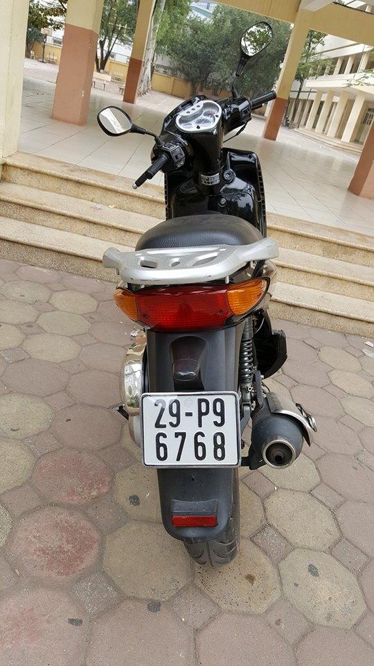 Chiêm Ngưỡng Vẻ Ngoài Long Lanh Của Chiếc Honda SH Đầu Tiên Tại Việt Nam-shopshsaigon.com-121201885