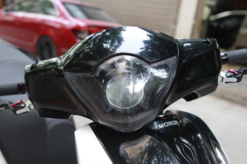 SH 150i Độ Phong Cách Mở Cốp Xe Độc Đáo-shopshsaigon.com-2912018102
