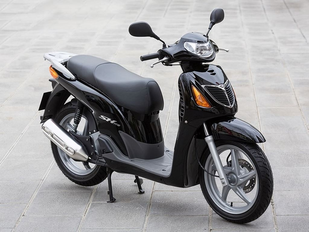Honda Chính Thức Cán Mốc 1 Triệu Xe SH Tại Ý-shopshsaigon.com-291201856