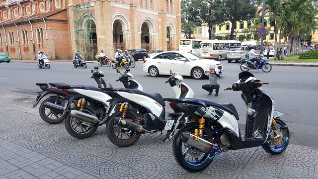 Biker Sài Thành Chi 200 Triệu Đồng Lên Đời Honda SH 150i-shopshsaigon.com-291201899