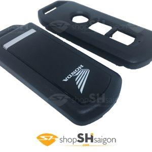 shopSHsaigon.com vo smartkey 5 300x300 - Vỏ Remote Smartkey Có Sẵn Pin