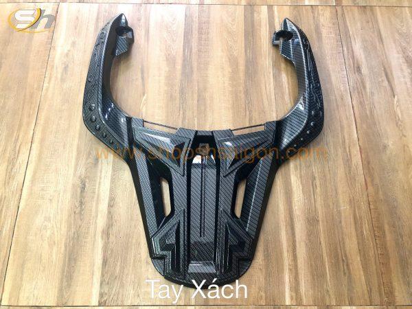 shopshsaigon com op carbon shvn 2017 tayxach 600x450 - Bộ ỐpCarbonCao cấp gắn choSHVN2017-2019