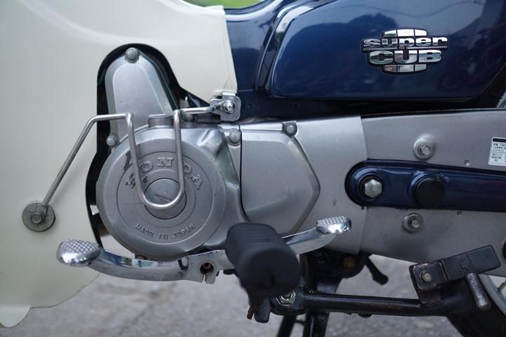 shopshsaigon.com-Honda Cub Có Giá Gần Trăm Triệu Đồng Sau 2 Thập Kỷ Sử Dụng-2952018-35