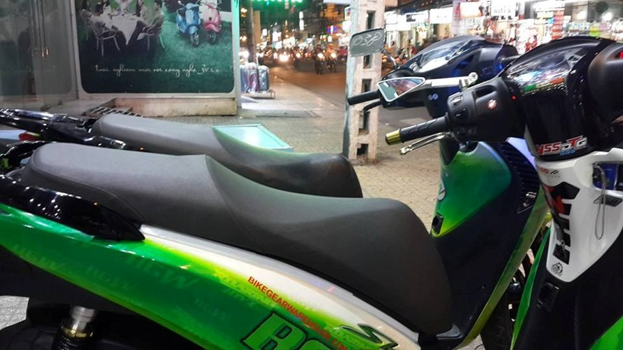 shopshsaigon.com-Bộ Đôi Honda SH Lên Áo Màu Trà Xanh Không Độ Bảnh Bao Giữa Sài Gòn-2662018_40