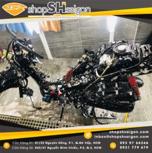 shopshsaigon rua xe 2 banh chi tiet bike washing detailing 18 297x300 - Rửa xe hai bánh chi tiết - Bike washing detailing là gì và có gì hot