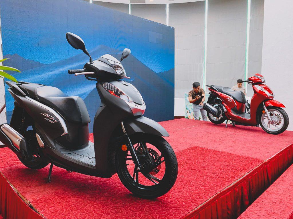Sự kiện ra mắt dàn áo SH 300i độ full SH Việt 125/150i Z-EDITION 2
