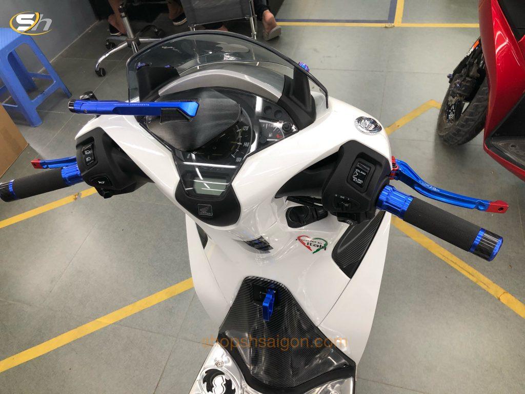 """Honda SH Việt phiên bản 2019 cùng với gói độ """"Kịch độc"""" tại Shop SH Sài Gòn. 3"""
