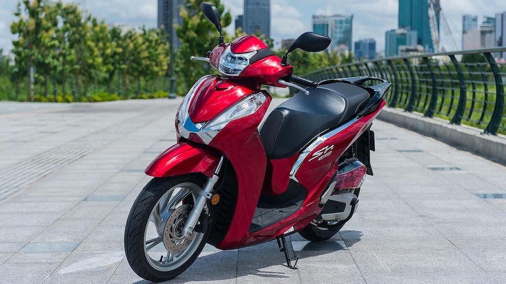 """Ngắm Honda SH125/150i """"lột xác"""" giống 98% Honda SH300i chỉ với 12 triệu ảnh 2"""